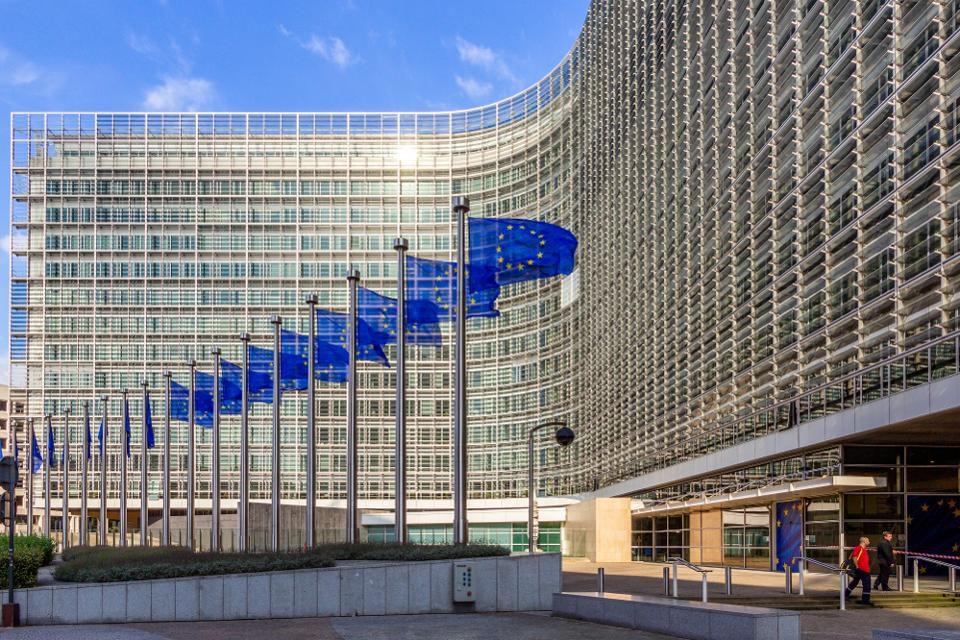 Shoqatat Europiane të gazetarëve, thirrje BE të rrisë fondet për mbështetjen e medias